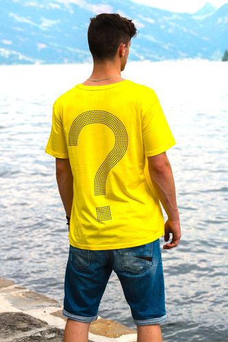 "EXCLUSIVE LINE MEN'S ""WHAT'S UP?"" V-NECK T-SHIRT ""YELLOW"""